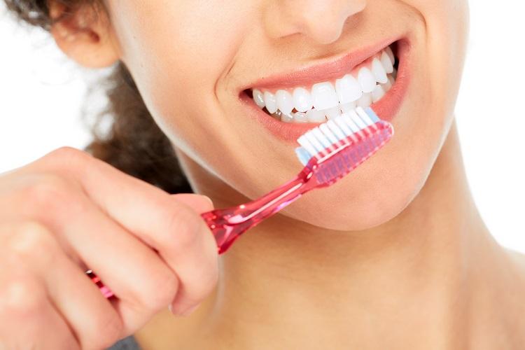 Fixed dental restoration: Dental crowns and bridges