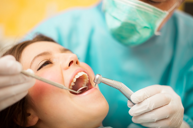 Cavities: Symptoms, Diagnosis and treatment